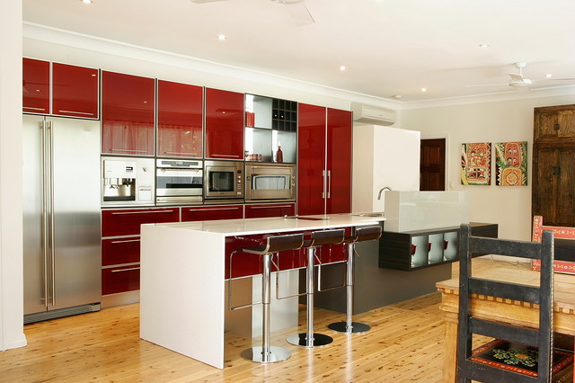 Example of a trendy kitchen design in Brisbane