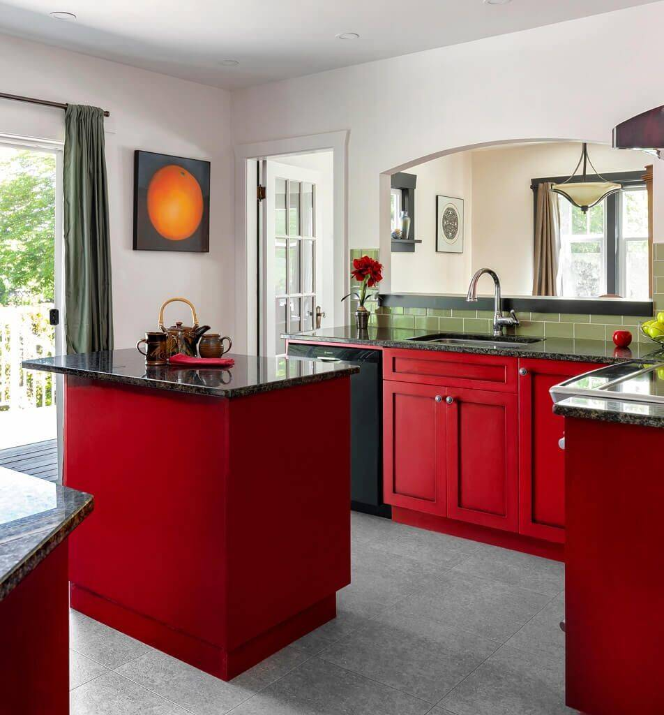 75 Beautiful Kitchen With Red Cabinets And Green Backsplash Pictures Ideas April 2021 Houzz