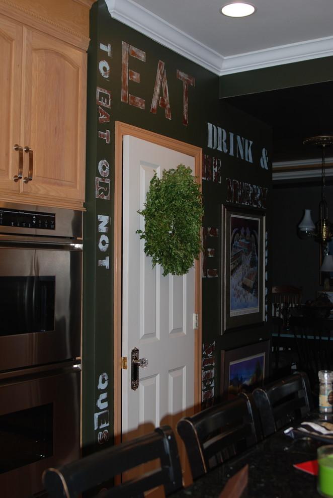 シアトルのエクレクティックスタイルのキッチンの画像