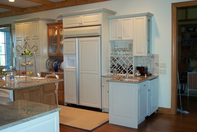 Ref. Panels traditional-kitchen