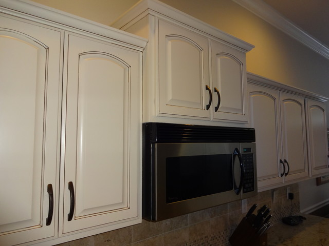 Refinished Dover White Kitchen Traditional Kitchen