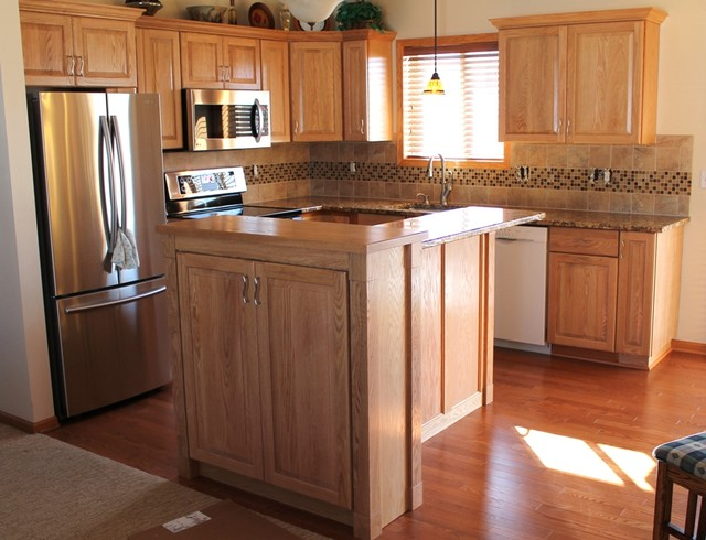 Refresh An Oak Kitchen Traditional Kitchen Other Metro By