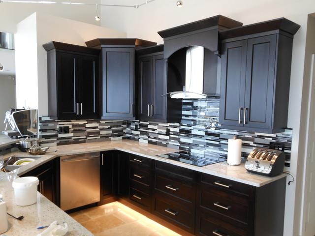Regal Ridge Lot # 7 contemporary-kitchen