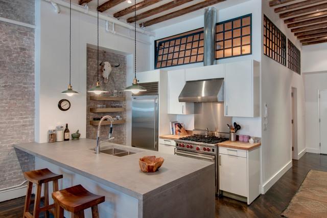 Reiko feng shui interior design loft renovation - Cuisine style loft industriel ...