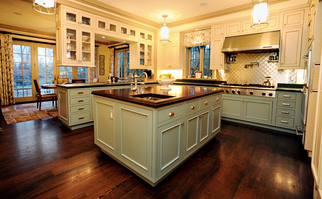 Renovation to a victorian house traditional kitchen for Traditional victorian kitchen designs