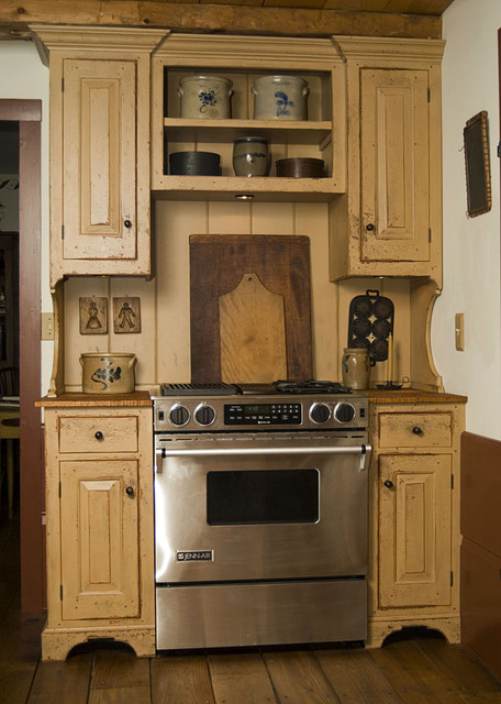 Reproduction Peoria, IL. Saltbox House - Traditional - Kitchen - Cincinnati - by The Workshops ...