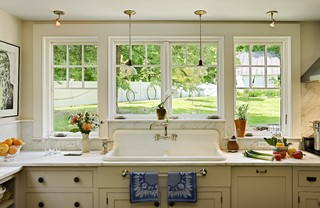 Repurposing a salvaged sink traditional-kitchen