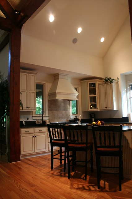 Reserve Home traditional-kitchen
