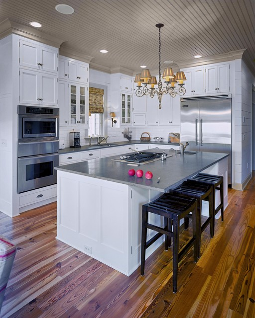 Residences in DeBordieu Colony, Georgetown, SC beach-style-kitchen