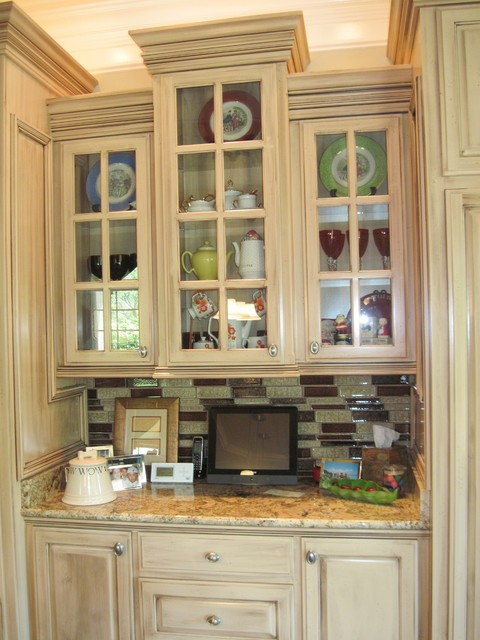 Residential Cabinetry/Millwork traditional-kitchen