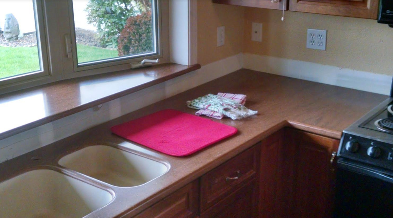 Residential Solid Surface Kitchen Renovation