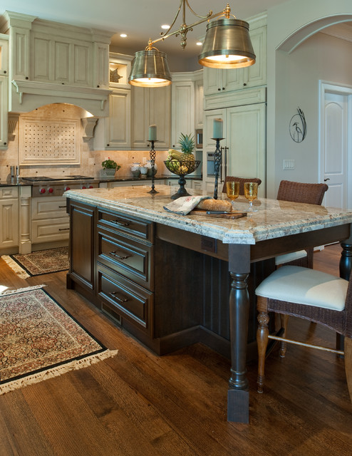 Residing on the Severn traditional-kitchen