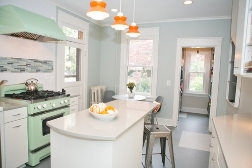 retro kitchen with walls painted in benjamin moore quiet moments