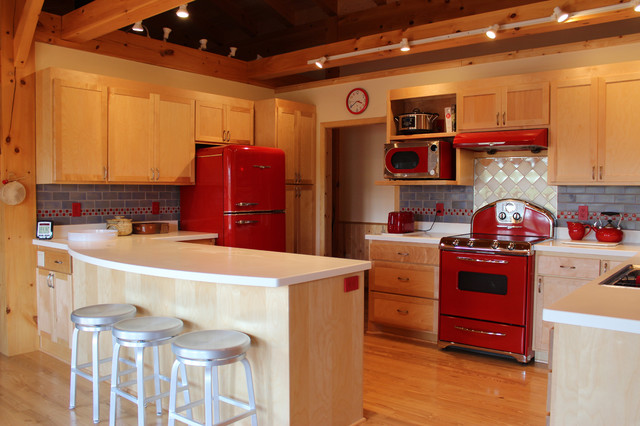 Retro red kitchen with Blue Fog subway tiles - Midcentury ...