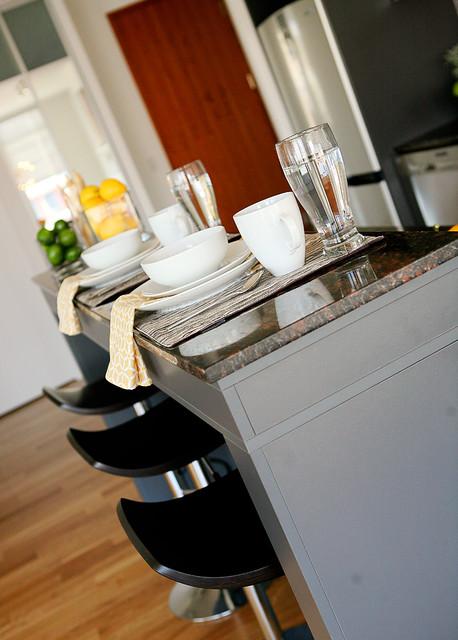 Rezen - Kitchen contemporary-kitchen