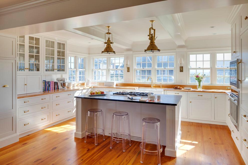 Rhode Island Beach House - Beach Style - Kitchen ...