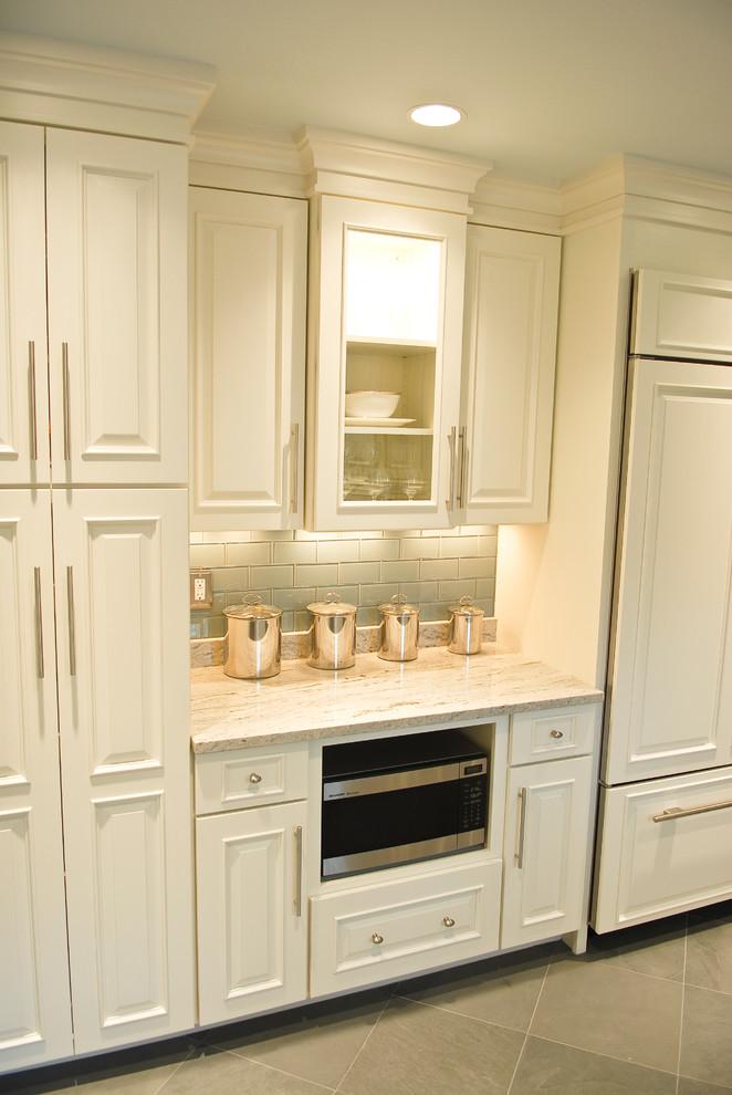 Rhode Island Coastal Home - Beach Style - Kitchen ...