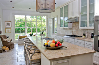 Richards Drive 1 contemporary-kitchen