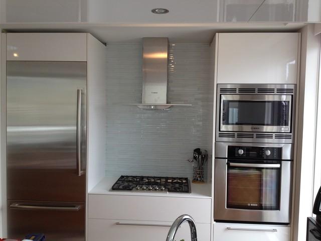 Richards St modern-kitchen