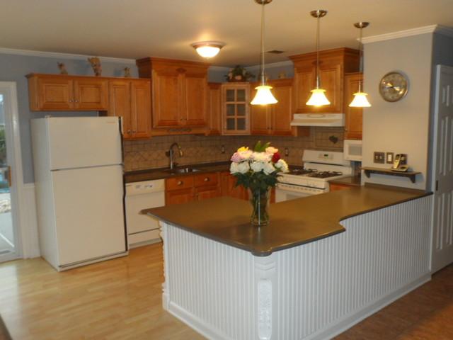 Richmond Kitchen with Custom Peninsula - Traditional - Kitchen ...