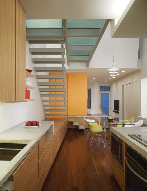 Ricon Bates modern kitchen