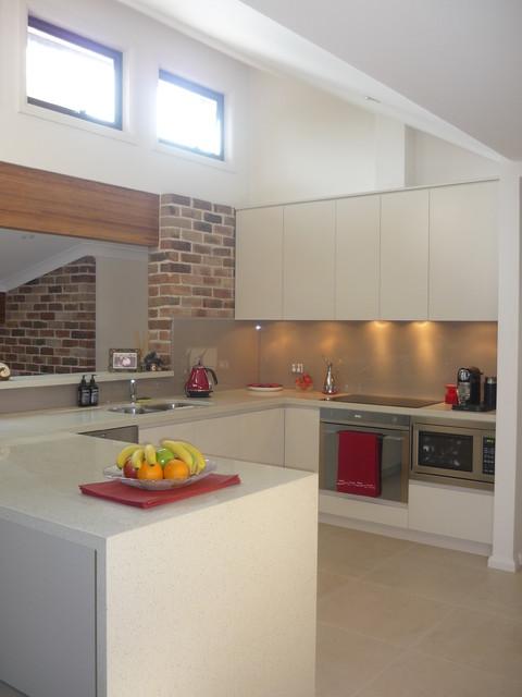 Riley residence modern-kitchen