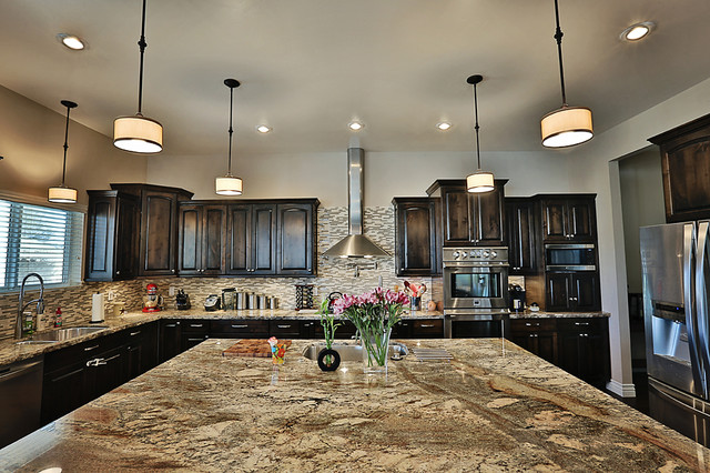 River Bordeaux Granite Counter Tops Traditional Kitchen Albuquerque By The Granite Guy