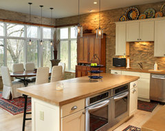 River House rustic-kitchen