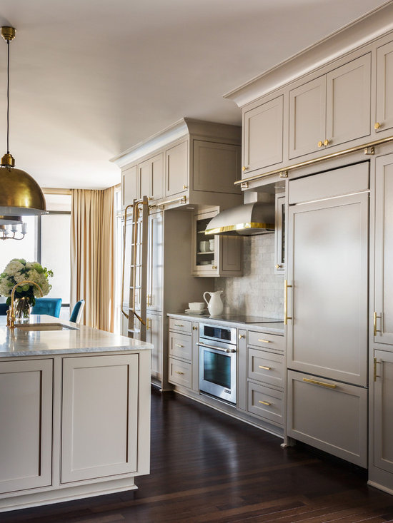 Cabinets Kitchen Design Ideas, Remodels & Photos With Beige Cabinets