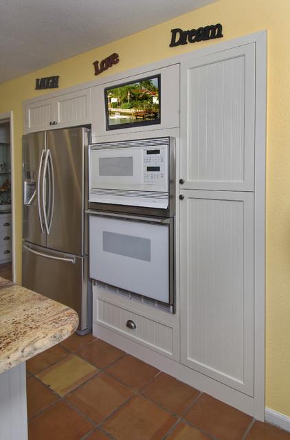 Robert Miano Tropical Kitchen