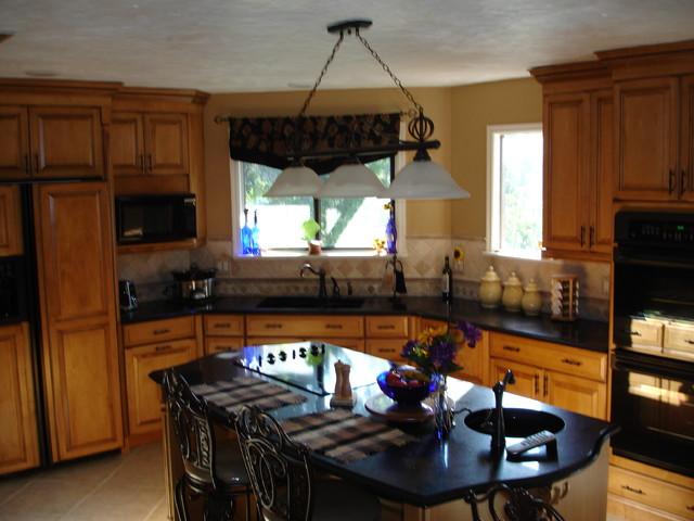Robertson traditional-kitchen