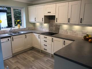 Rockfort Ivory Traditional Shaker Kitchen Traditional Kitchen Devon By Devon Kitchen Designs