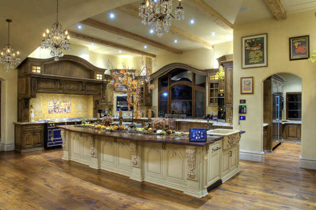 Rocklin 2 - Mediterranean - Kitchen - Sacramento - By Hood Branco