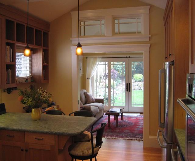 Rockridge Craftsman traditional-kitchen