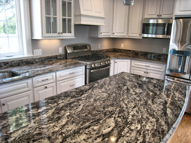 Rocky White Granite : Rocky mountain kitchen