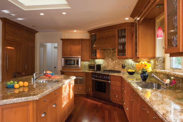 Rodeo Residence traditional-kitchen