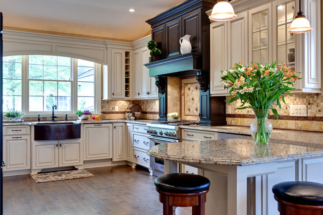 Rogers Kitchen traditional-kitchen
