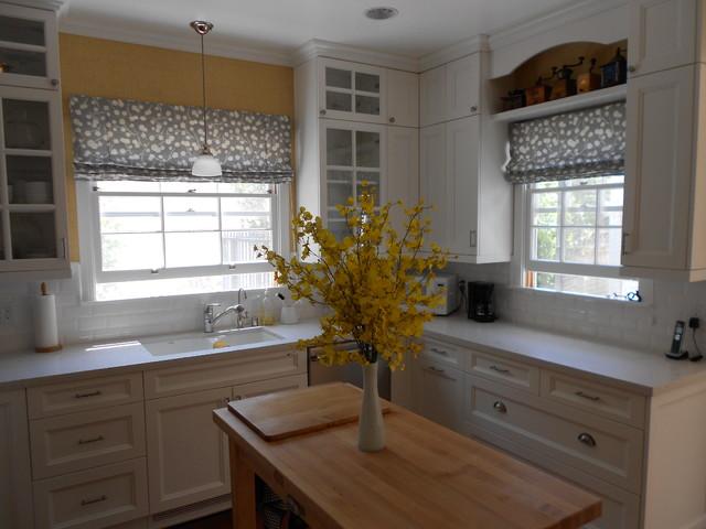 Roman fabric shades flat style modern kitchen for Fabric shades for kitchen windows