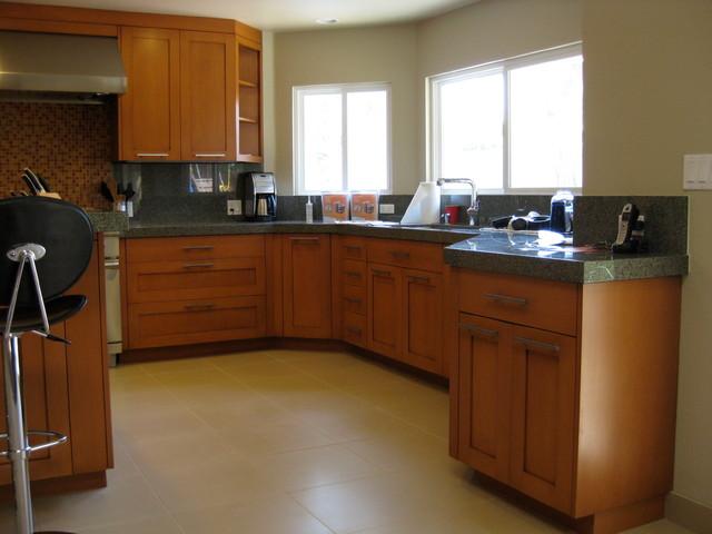 Romney Residence, Camarillo contemporary-kitchen