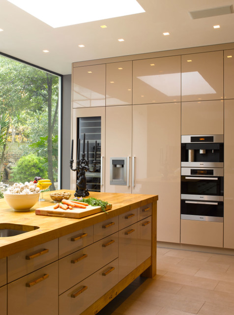 Ross contemporary kitchen london by bespoke kitchen design Bespoke contemporary kitchen design