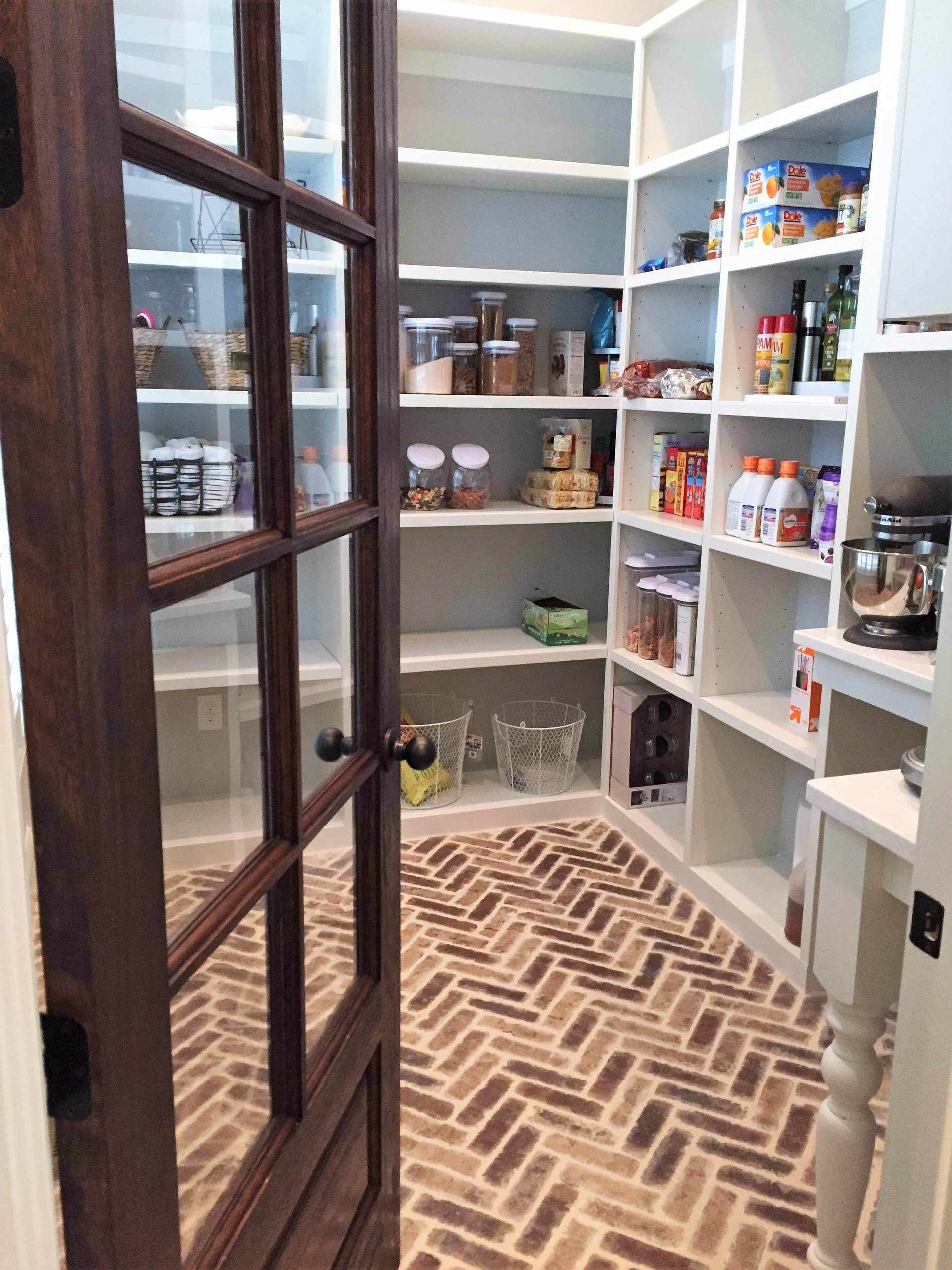 Roswell Reno with Custom Wine Cellar