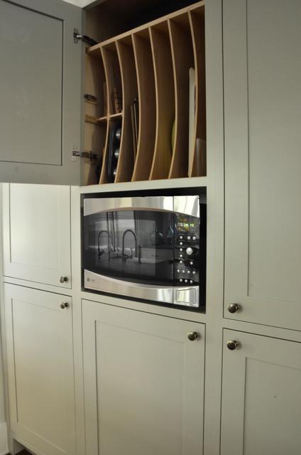 Rouken Glen transitional-kitchen