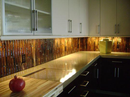 Round Glass Bamboo Backsplash modern-kitchen
