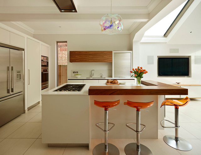 Roundhouse colour pops contemporary kitchen london for Modern kitchen london