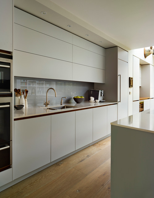 Roundhouse Minimal Kitchens Contemporary Kitchen