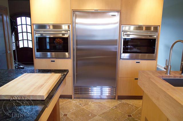 Royal Cabinet Company: Contemporary Cuisine contemporary-kitchen