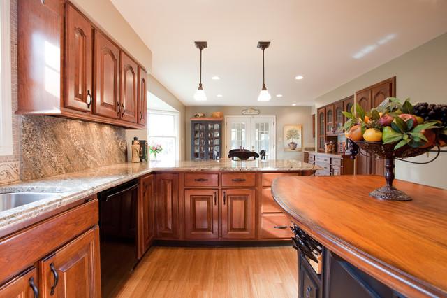 Royce Court Kitchen Remodel traditional-kitchen
