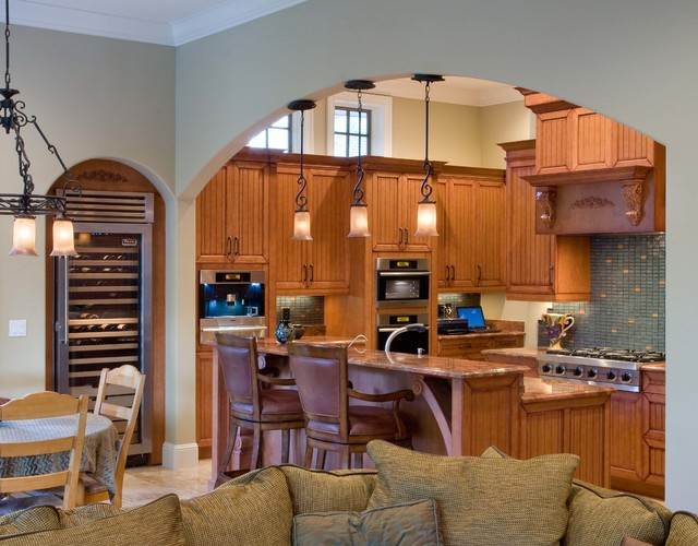 RS traditional-kitchen
