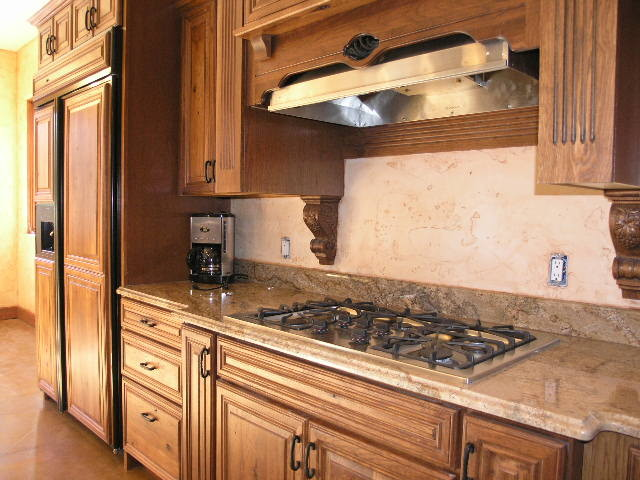 Ruidoso mountian builders for Kitchen cabinets 77573