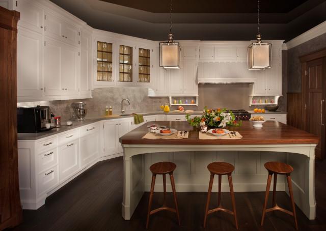 Ruskin Showroom Display Csi Kitchen Bath Studio Traditional Kitchen Atlanta By Rutt